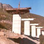 Piers construction - Piers casting using climbing falsework