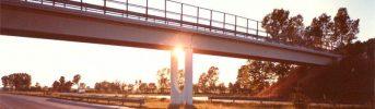 Pile snelle ad arco inverso - Sovrappassi realizzati con pile centrali modulari ad