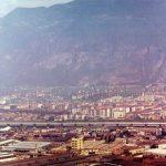 L'attraversamento della città - Veduta panoramica del città di Bolzano col viadotto autostradale finito