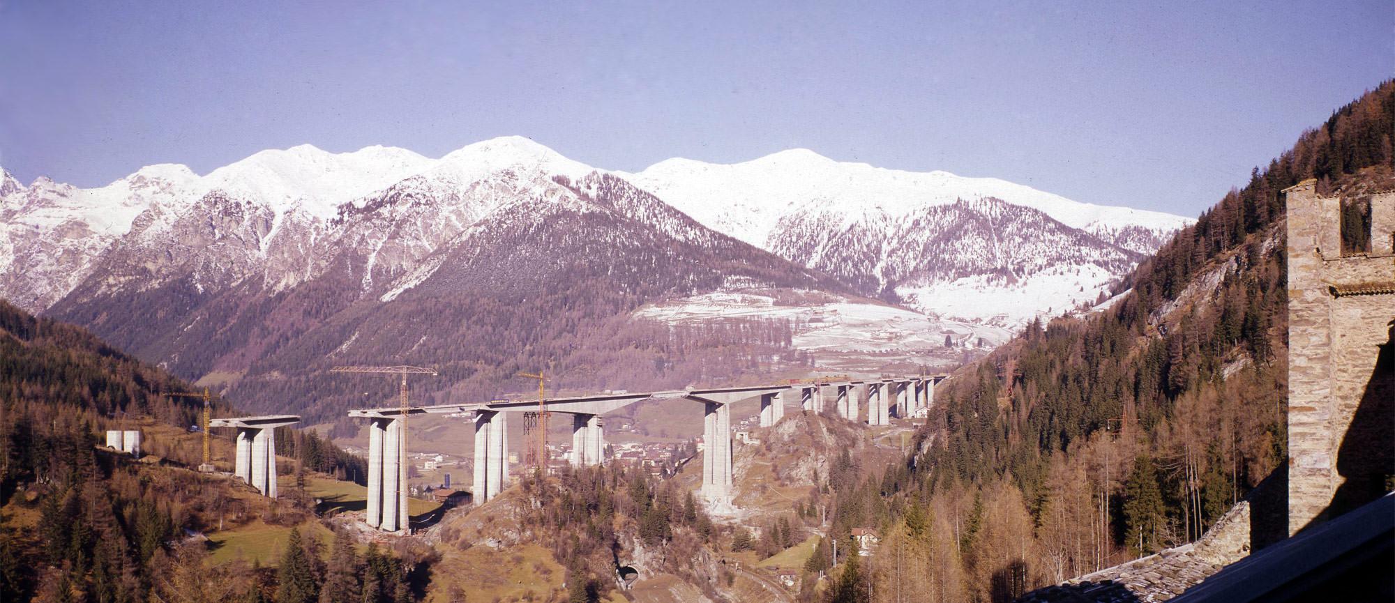 Vista panoramica del viadotto di Colle Isarco