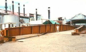 On of the beams supporting the roof of the sugar terminal - Roofing capable to withstand tropical storms